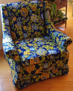 Cabbage-rose patterned chair